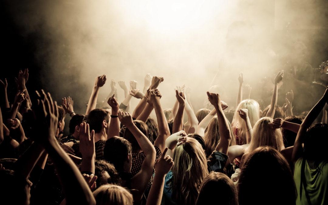 Comment protéger son audition dans les concerts et festivals ?